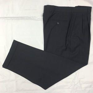Claiborne Men's Grey 32/30 Pleated Dress Pants